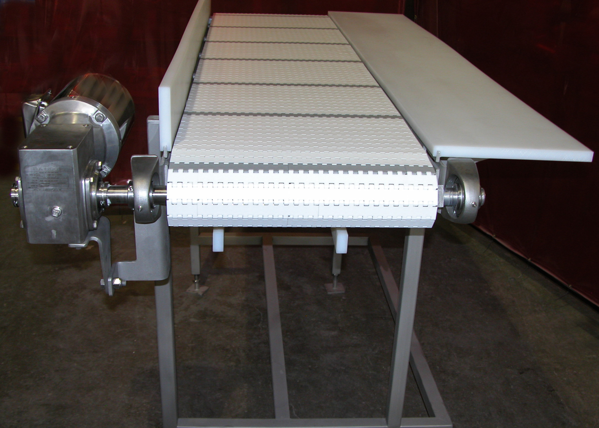 Welded Conveyor with Side Table